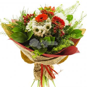 Букет из кустовых хризантем и гербер